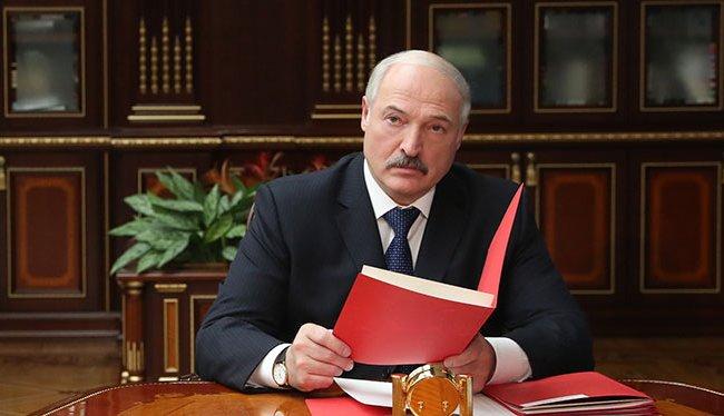 Лукашенко назначил новых чиновников в разных городах Беларуси