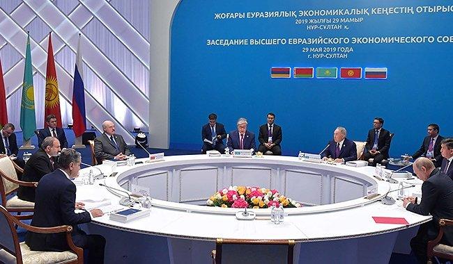 Президент предложил в ЕАЭС уйти от протекционизма на национальных уровнях