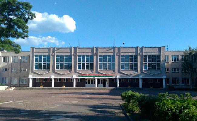 Учительницу из Гомеля, которую уволили за оскорбления ученика, восстановили на работе