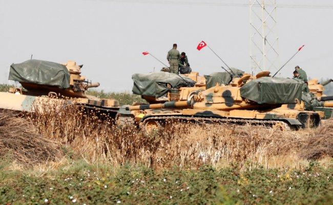 Евросоюз не будет поставлять оружие в Турцию из-за военной операции в Сирии