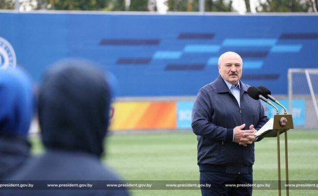 Лукашенко предупредил, что не потерпит провала белорусов на Олимпиаде в Париже